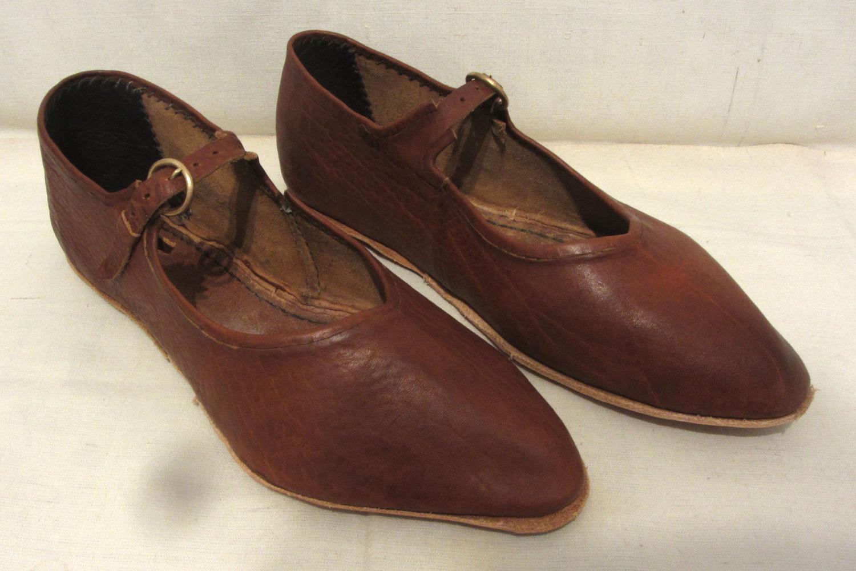 Schuhe datieren